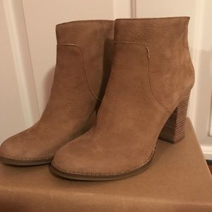 🍂 Lucky Brand Tan Leather Booties 🍂
